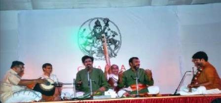 Maladi Brothers performing